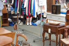 AlamedaPointAntiquesFaire M-061