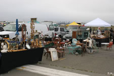 AlamedaPointAntiquesFaire S-054
