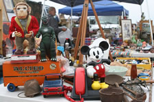 AlamedaPointAntiquesFaire S-065