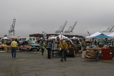 AlamedaPointAntiquesFaire S-072