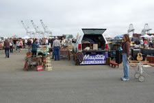 AlamedaPointAntiquesFaire W-050