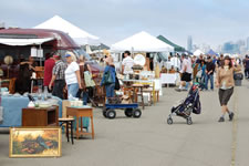 AlamedaPointAntiquesFaire W-056